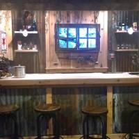 Dan's bar